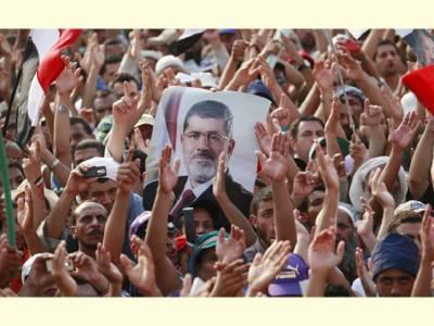 مصر: اخوان المسلمون کے ملک گیر مظاہرے اور مارچ: بس پر گرینڈ حملہ' 3 افراد ہلاک' 17 زخمی