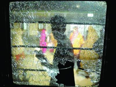 بولان: جعفر ایکسپریس پر راکٹ حملہ' فائرنگ '3 مسافر جاں بحق '23 زخمی
