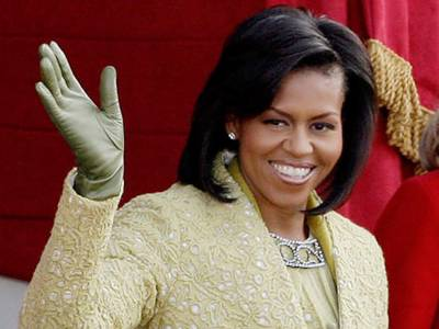 امریکہ خاتون صدر کیلئے تیار ہے: مشعل اوباما، ہیلری کے امکان پر تبصرے سے انکار
