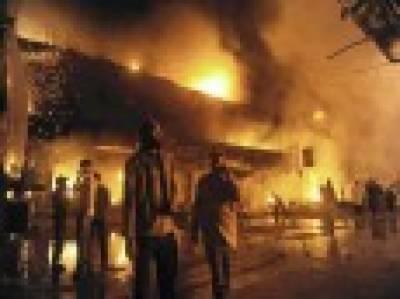جیل موڑ کے قریب کاٹن فیکٹری میں آتشزدگی' لاکھوں کا سامان جل گیا