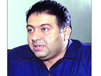 ناقص کارکردگی: اویس مظفر ٹپی سے محکمہ صحت سندھ کا چارج واپس لے لیا گیا