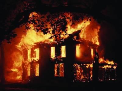 آتشزدگی کے 2 واقعات میں لاکھوں کا سامان جل کر راکھ