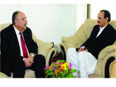 فلسطینی سفیر کی راجہ ظفر الحق سے ملاقات، باہمی دلچسپی کے امور پر تبادلہ خیال