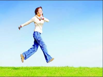 بڑھاپے میں پیدل چلنا فالج سے بچاو میں معاون ثابت ہو سکتا ہے:نئی تحقیق