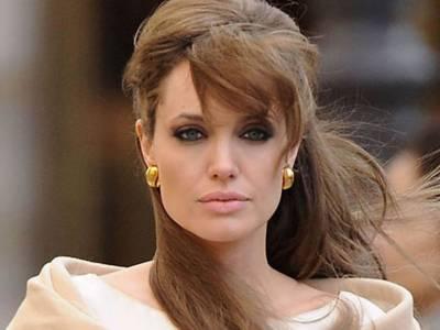 ہالی و وڈ اداکارہ انجلینا جولی نے سڈنی میں ٹریفک جام کر دی