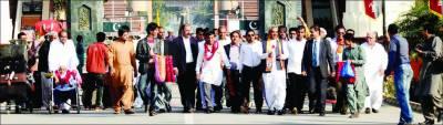 بھارت سے 80 ہندو یاتری واہگہ بارڈر کے راستے پاکستان پہنچ گئے