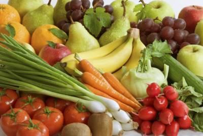 سپلائی بہتر ہونے سے سبزیوں کی قیمتوں میں نمایاں کمی' پھل بدستور مہنگے' حکومت نئے بازار لگانے کی بجائے پرانوں میں قیمتیں کنٹرول کرے: عوامی حلقے