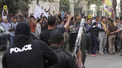 گلستان کالونی کے رہائشےوںکا فیکٹری ایریا پولیس کے خلاف مظاہرہ