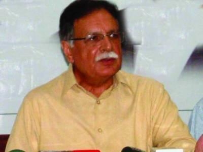 فوج اپنی ذمہ داری نبھاتی ہے، مشرف جیسے لوگوں کی پشت پناہی نہیں کرتی: پرویز رشید