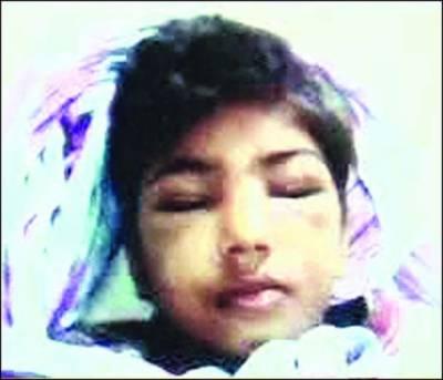 ڈیفنس، سفاک میاں بیوی کا 12 سالہ ملازمہ پر وحشیانہ تشدد، شدید زخمی کر دیا