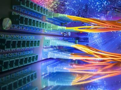 انٹرنیٹ پر تیز ترین رفتار سے ڈیٹا منتقل کرنیکا تجربہ