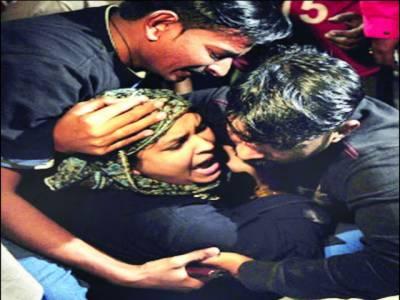 کراچی : پولیس وین پر فائرنگ '4 اہلکار جاں بحق ' پرتشدد واقعات میں 6 افراد مارے گئے