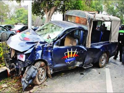 وزیراعظم کے سکواڈ میں شامل دو گاڑیوں کو حادثہ، 9 اہلکار زخمی، 4 کی حالت تشویشناک