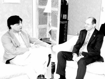 ''پاکستان کو درپیش چیلنجز سے آگاہ ہیں'': برطانوی ہائی کمشنر کی نثار سے ملاقات