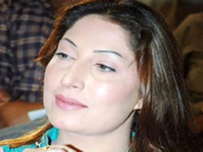 فلم اردو ہو یا پنجابی معیار بہترین ہونا چاہئے: صائمہ نور