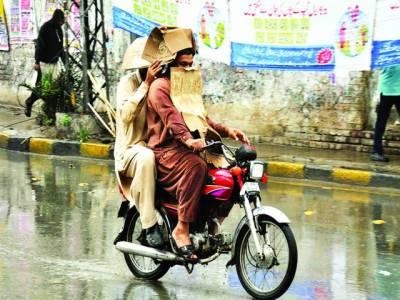 بارشیں جاری ' لاہور' پشاور اور سوات میں چھتیں گرنے سے7 افراد جاں بحق '5 زخمی
