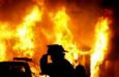 گھر میں سپیئرپارٹس کے گودام کو آگ لگنے سے لاکھوں مالیت کا سامان جل گیا