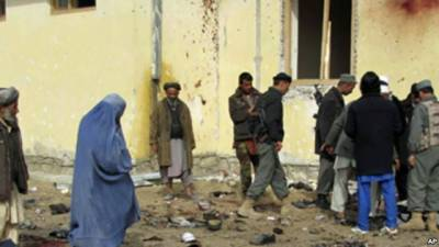 افغانستان: سڑک پر نصب بم پھٹنے سے 13 افراد ہلاک