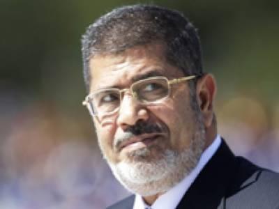 مصر : مرسی کے 530 حامیوں کو سزائے موت سنانے والے جج نے مزید گیارہ افراد کو 88 برس قید کا حکم دیدیا