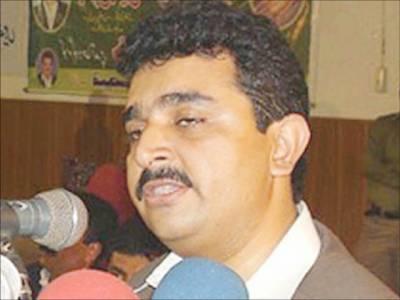 دھرنا سیاست کا مقصد پاکستان کو ٹیک آف سے روکنا ہے : کامران مائیکل