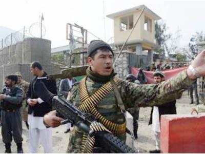 افغانستان: طالبا ن کا چیک پوسٹ پر دھاوا، جھڑپ میں ایک اہلکار، 4حملہ آور مارے گئے