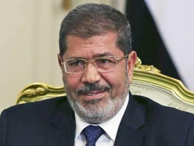 مصر : اسلام پسندوں کے گرد گھیرا تنگ' مرسی کے 19 حامیوں کو پانچ برس قید