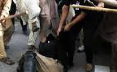 اسلام آباد : محفل الٹانے پر 4 منتخب حکومتی نمائندوں کا پولیس پر تشدد، مقدمہ درج اور خارج