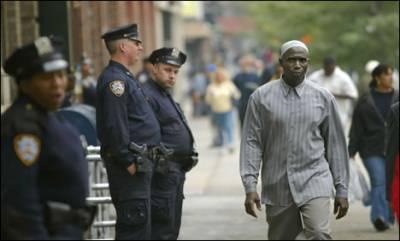 نیویارک : پولیس کے ہاتھوں ایک اور سیاہ فام کی ہلاکت' دوسرے روز بھی مظاہرے