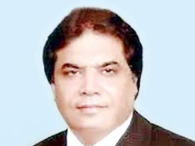 حنیف عباسی کا ہتک عزت دعویٰ، عدالت کا عمران خان کو جواب داخل کرنیکا حکم