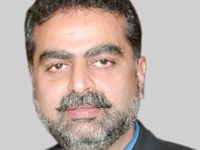 عمران خان کو کسی ادارے پر اعتماد نہیں: زعیم قادری