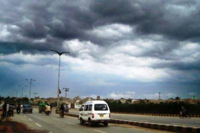 ممکنہ بارشیں، سندھ میں ایمرجنسی نافذ بلدیاتی ملازمین کی چھٹیاں منسوخ آج کراچی میں تیز ہوائوں کا امکان