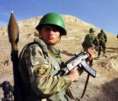 افغان بحران: روس نے سینکڑوں فوجی تاجکستان میں تعینات کر دئیے