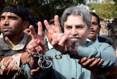 ایم کیو ایم کے رہنما عامر خان کی درخواست ضمانت پر استغاثہ کو آج کیلئے نوٹس جاری