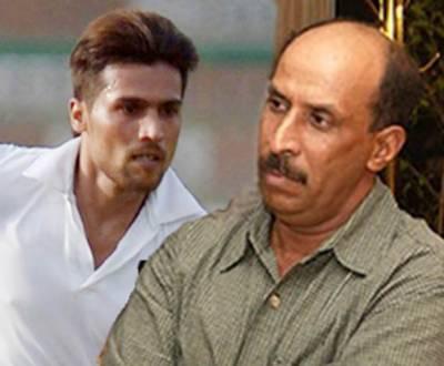 پاکستانی بلے بازوں نے غیرذمہ دارانہ کھیل کا مظاہرہ کیا: توصیف احمد، عامر نذیر