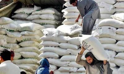 آٹے کا تھیلا مزید 10 روپے مہنگا، دال چنا، بیسن کی قیمت میں 2 روپے کلو اضافہ
