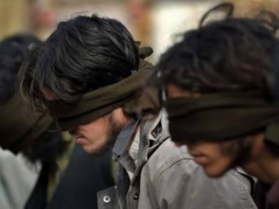 کراچی: 3 دہشت گرد گرفتار، افغان بارڈر پر بموں کے خام مال سے لدے ٹرک پکڑے گئے