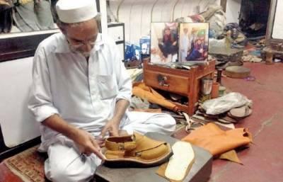 ریحام خان کیلئے پشاوری چپل کا تحفہ تیار آج پیش کرونگا: نور الدین