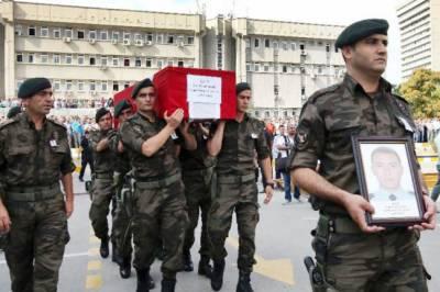 کردجنگجوئوں کے حملے میں 35ترک فوجی ہلاک