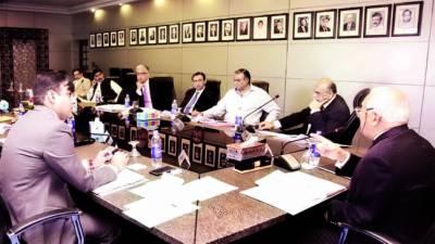 بھارت سیاست اور کھیل کو الگ الگ رکھے' سپر لیگ کا فیصلہ جلد ہو گا: شہریار خان
