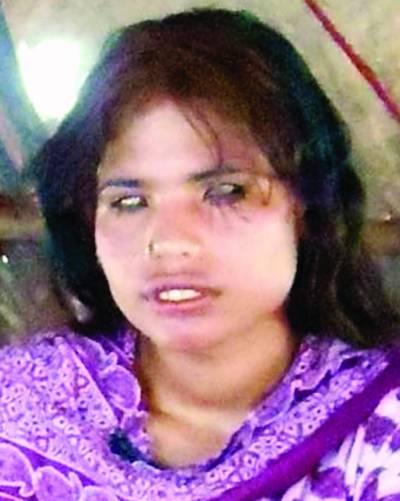 سرگودھا: نابینا ''شکیرا'' کو اغوا کرنے کی کوشش ایس ایچ او نے گانا سن کر مقدمہ درج کیا