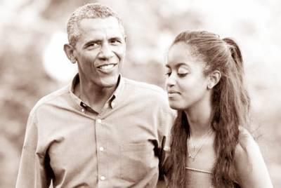 بیٹی کالج جانے لگی''اچھے گریڈ میں پاس ہونا'' امریکی صدر کی مالیا کو نصیحت