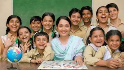 وزیراعظم کی برہمی ، وزیر اعلیٰ کا نوٹس،2 ماہ میں نجی سکولوں کی ایک سال پرانی فیس لاگو کرنے کا حکم