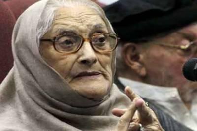 عمران نے نیا پاکستان کے نام پر پختونوں کو بے وقوف بنایا' پنجاب میں نادرا والے زیادتی کررہے ہیں: بیگم نسیم ولی