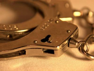 سنگین وارداتوں میں ملوث گروہ کا سرغنہ 2 ساتھیوں سمیت گرفتار