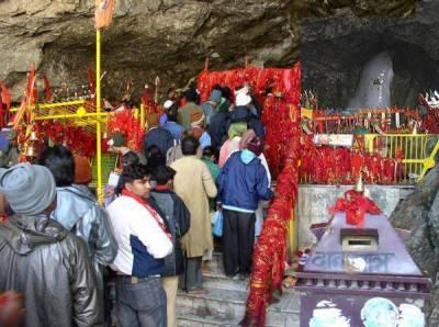 بھارت سے 250 ہندو یاتریوں کے 2 جتھے واہگہ بارڈر کے راستے پاکستان پہنچ گئے