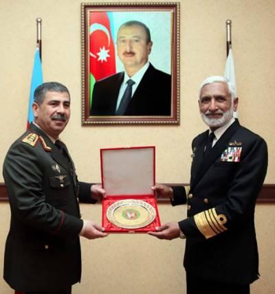 سربراہ پاک بحریہ کی آذربائیجان کے وزیر دفاع، چیف آف سٹیٹ بارڈر سروس سے ملاقاتیں