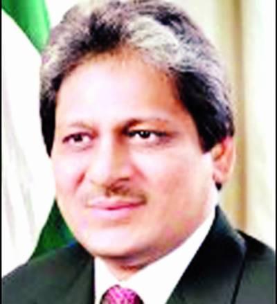 گورنر عشرت العباد سے کورکمانڈر کراچی کی ملاقات'نیشنل ایکشن پلان اور ملکی صورتحال پر تبادلہ خیال