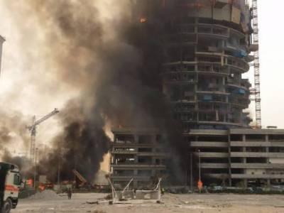 دبئی: زیرتعمیر عمارت میں آتشزدگی تمام مزدوروں کو نکال لیا گیا
