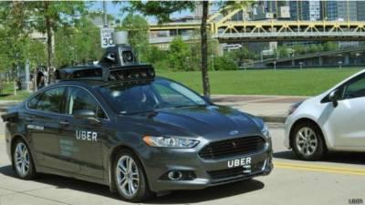 اوبر کا امریکی شہر پیٹسبرگ میں بغیر ڈرائیور ٹیکسی سروس شروع کرنے کا اعلان