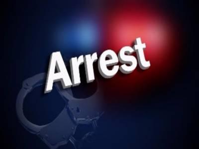 تحقیقات کے بغیر ہی 4 سالہ بچے کیخلاف فائرنگ کا مقدمہ، منہ میں فیڈر لئے ضمانت کیلئے پیش